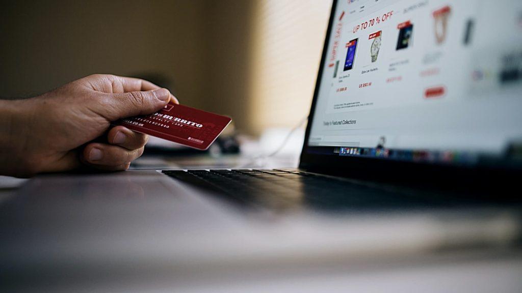 ¿Cómo empezar a vender en línea? La guía práctica